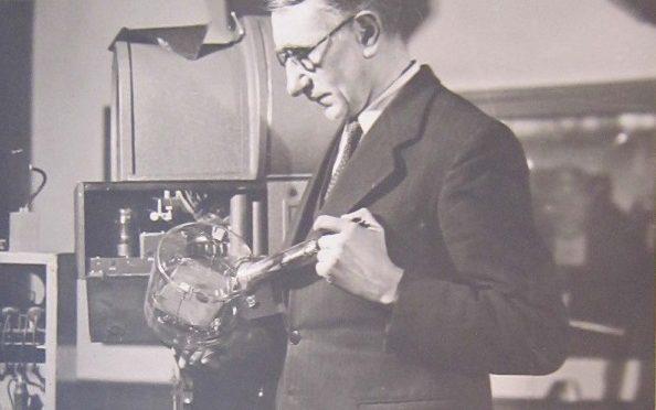 Henri Gondet, un ingénieur pour la recherche à Bellevue par Valérie Burgos et Denis Beaudouin, publié dans <em> Histoire de la recherche contemporaine</em>