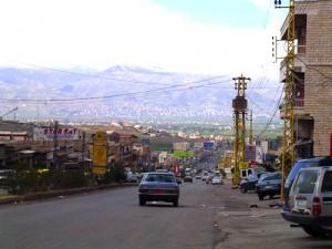 Poste frontalier de Masnaa sur la route de Damas (Cliché K. Bennafla, 2004)