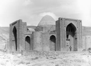 Ghazni : mausolée de 'Abd al-Razzaq © IsIAO