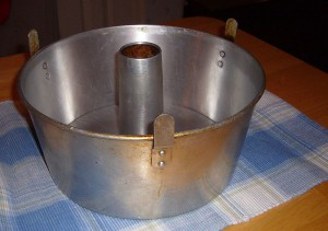 Angel Food Cake Pan (Wikipedia)