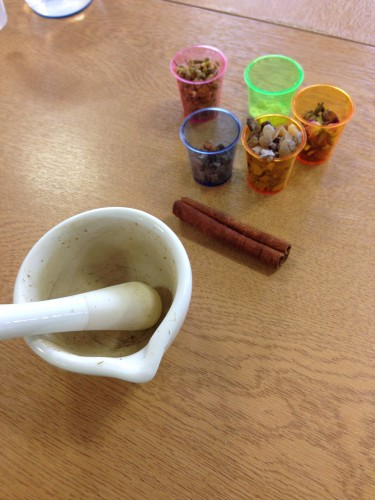 Students used tools like a mortar and pestle.  Technologies of Daily Life: Schools Day.  Image courtesy of Evelien Bracke.