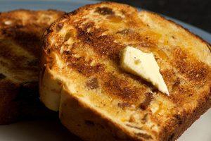 800px-margarine-on-toast