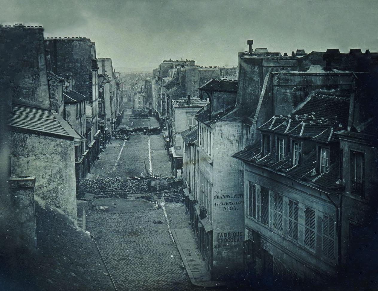 Barricades_rue_Saint-Maur._Avant_l'attaque,_25_juin_1848._Après_l'attaque,_26_juin_1848