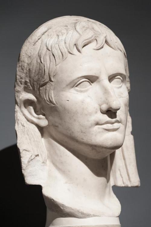 «Le prince de la République» – Episode 1/4 : Auguste sort de l'ombre : une jeunesse violente (63-30 av. J.-C.)