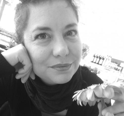 Elena Mazzini war von Januar bis Juni 2014 Stipendiatin am DHI Rom. Sie wurde an der Universität Florenz im Bereich der Zeitgeschichte promoviert, bevor sie eine jeweils zweijährige Postdoc-Förderung an der Scuola Normale Superiore in Pisa und am Istituto nazionale per la Storia del movimento di liberazione in Italia erhielt. 2011-2013 hatte sie eine Forscherstelle in Pisa inne.