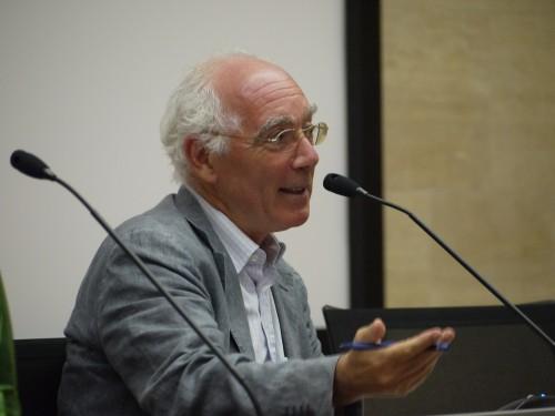 Marco Meriggi ist Inhaber des Lehrstuhls für die Geschichte politischer Institutionen an der Universitè degli Studi Napoli Frederico II.