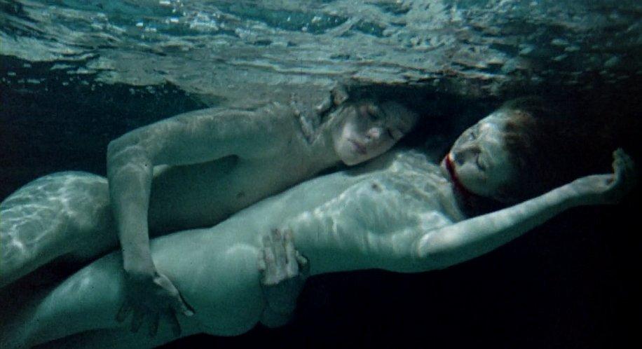 John Moulder-Brown et Jane Asher dans Deep End
