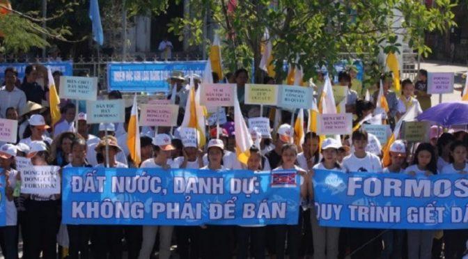 Les Catholiques vietnamiens manifestent contre l'usine Formosa – 24 juillet 2016