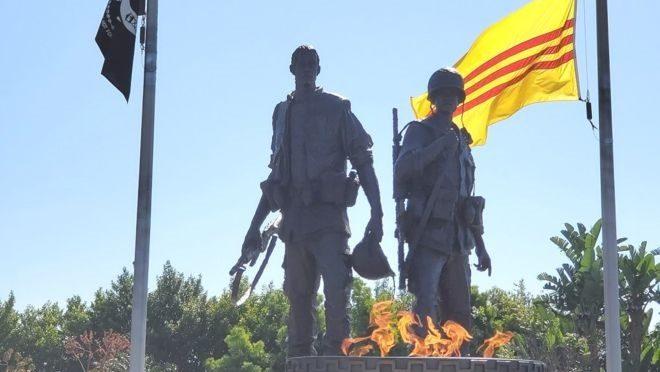 Little Saigon lặng lẽ tưởng niệm 45 năm 30/4 vì Covid-19 bao trùm