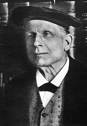 Jakob Wackernagel (1853-1938) linguiste suisse spécialiste d'indo-européen.